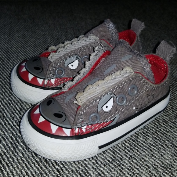 fb4e57527044a Converse Chuck Taylor All Star Dinosaur Shoes